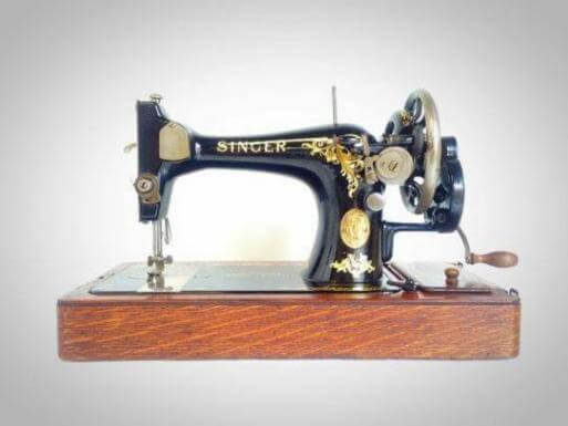 Types of sewing machines mechanical electronic
